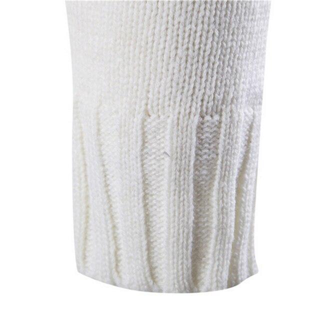 Красивый мужской свитер на пуговицах в деловом стиле 6