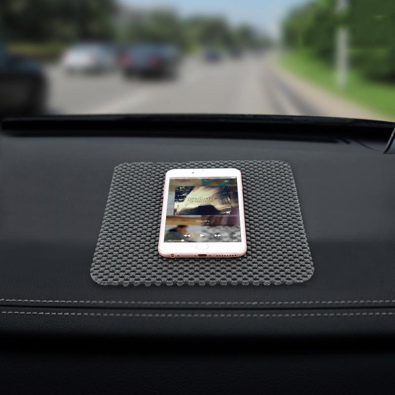 Le plus nouveau noir PVC Auto voiture anti-dérapant tableau de bord tapis collant tapis antidérapant support de tapis téléphones portables GPS voiture intérieur outil Auto pièce