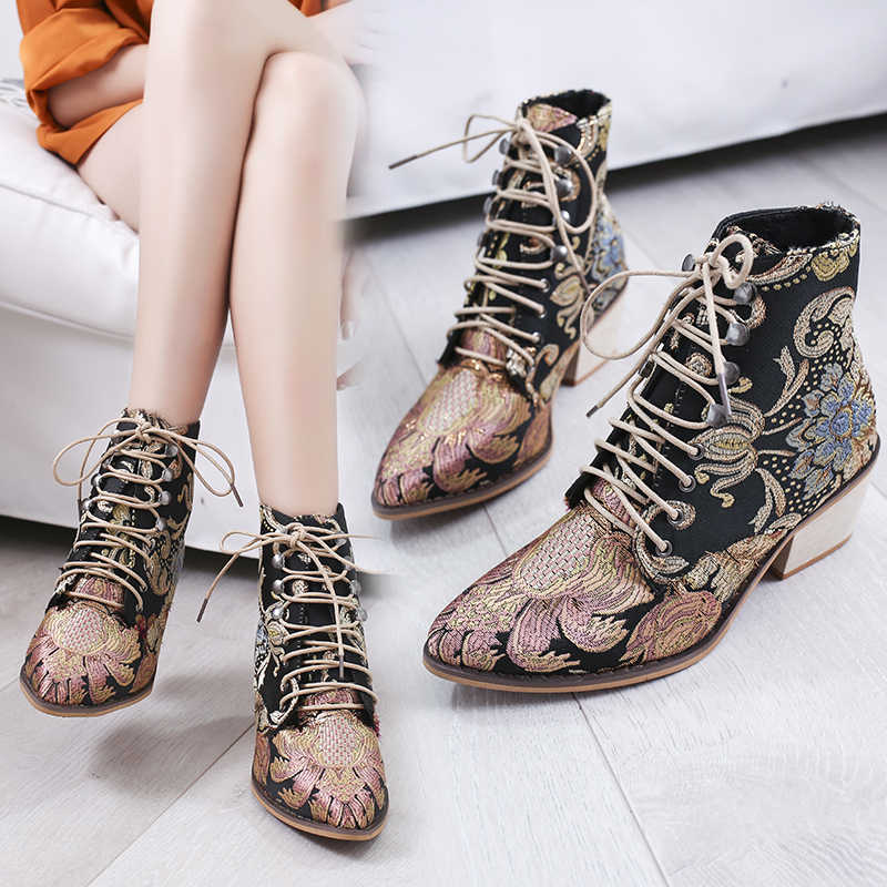 Oeak 2019  Elegants Lace Up Ankle Boots Spring Retro Women Embroidery Flower Short Boots Female Chunky Botas Mujer