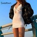 Sweetown Weiß Solide Backless Sexy Bodycon Kleider Frauen Cut Out Lace Up Punk Stil Outfits Schwarz Dünne Grundlegende Mini Kleid sommer