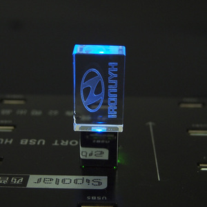 64GB 128GB Hyundai Car Logo with LED Pendrive 16GB Crystal USB Flash Drive Memory Stick 4GB 8GB 32GB Storage Disk Business Gifts
