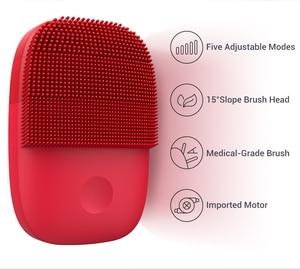 Image 2 - Xiaomi Mijia Inface szczotka do czyszczenia twarzy wersja ulepszona elektryczna szczotka do twarzy Sonic dokładne czyszczenie IPX7 wodoodporna 5 trybów