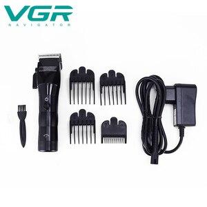 Image 2 - Vgr V 011 máquina de cortar cabelo elétrico carregamento barbeador aparador cabelo máquina corte plugue da ue