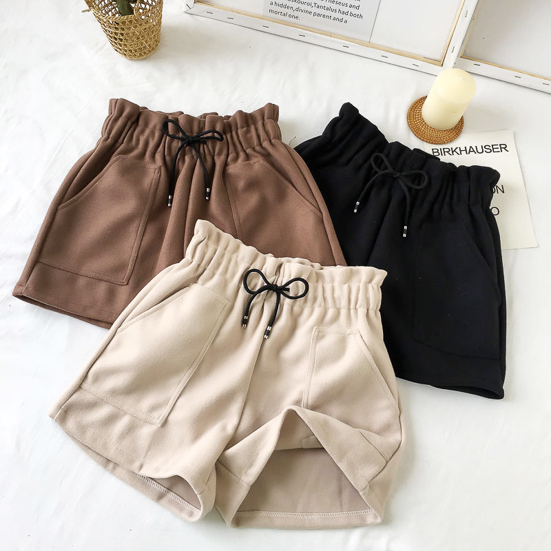 Casual Women Shorts Autumn And Winter High Waist Shorts Solid Loose Thick Warm Elastic Waist Straight Booty Shorts Pockets