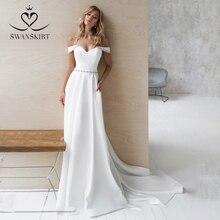 Elegancka zroszony Off ramię suknia ślubna NR01 Swanskirt Sweetheart miękka satyna linia suknia ślubna sąd pociąg Vestido de Noiva