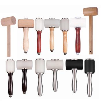 LMDZ 16 style skórzane rzemiosło rzeźba młotek drewniany uchwyt nylonowy młotek wykrawania narzędzia tnące do tłoczenia Sew skóra bydlęca tanie i dobre opinie CN (pochodzenie) Wood Nylon Aluminum alloy M000602N leather carving punching printing cutting leather craft hammer leather carving hammer