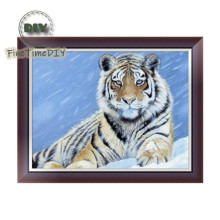 FineTime 5D DIY Diamond Painting Snow Tiger Partial Drill Diamond Embroidery Animals Cross Stitch Mosaic Painting finetime white tiger 5d diy diamond painting partial drill diamond embroidery cross stitch animal mosaic painting
