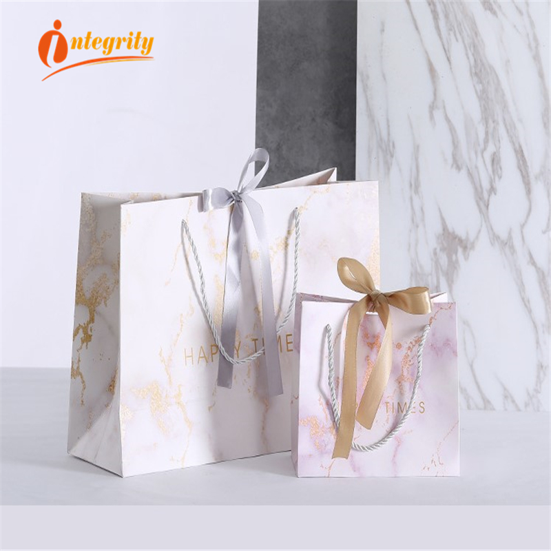 INTEGRITY  1pcs Marble Paper Gift Bags Garment Holiday Portable  Shopping Bag Business Packaging Wedding Party Decoration