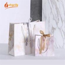 INTEGRITY 1pcs Marble กระดาษของขวัญถุงเสื้อผ้าวันหยุดแบบพกพากระเป๋าบรรจุภัณฑ์งานแต่งงานตกแต่ง