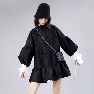 Image 2 - [EAM] נשים שמלה חדש Stand צוואר ארוך לנטרן שרוול Loose Fit הולו מתוך אישיות קפלים אופנה אביב סתיו 2020 JZ349