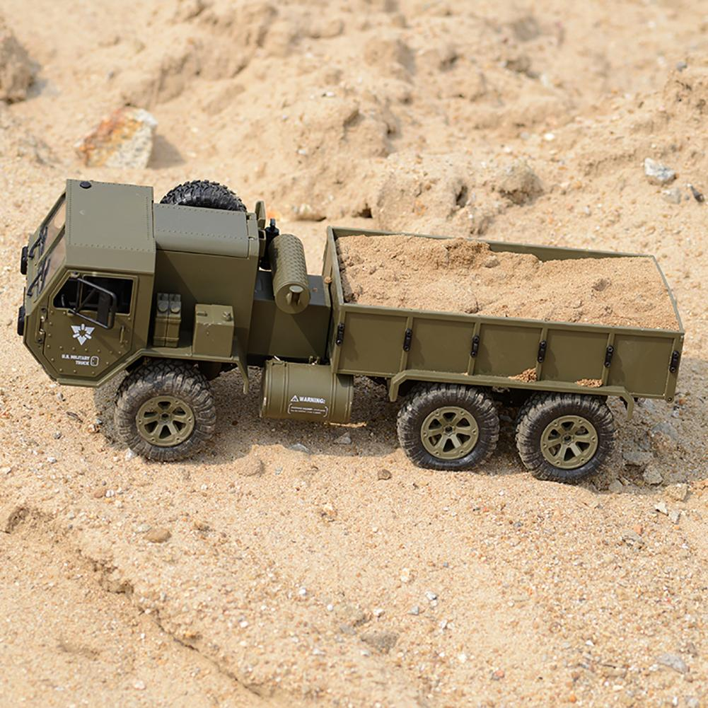 1/16 2.4G 6WD RC Car Militarial Truck M799 Off-Road Vehicle with Transmitter Toy fuselage frame is made of metal
