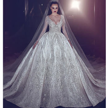 Vintage Luxury Beading Wedding Dress Princess Illusion Long Sleeve Gown Sexy Deep V-Neck Ball Bridal Dresses