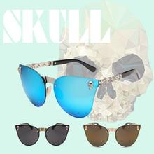 цена на Gothic sunglasses Fashion Women Gothic Eyewear Skull Frame Metal Temple Oculos de sol UV400