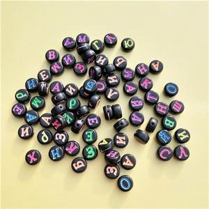 Image 4 - Groothandel Acryl Russische Letters Kralen 4*7MM Platte Ronde Coin Vorm Wit met Zwarte Afdrukken Plastic Alphabet Initial kraal