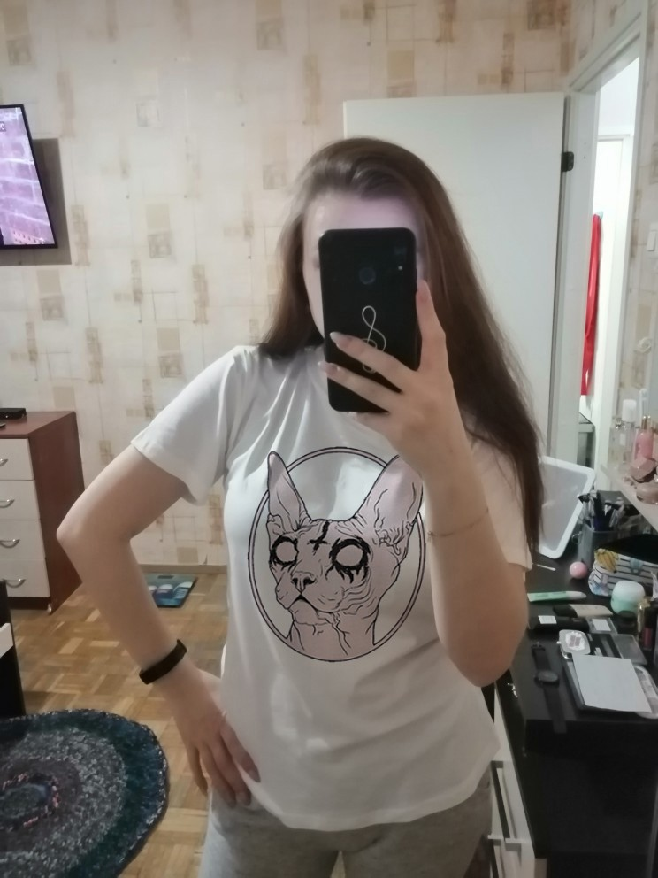 Gothic Sphynx Cat T-Shirt photo review