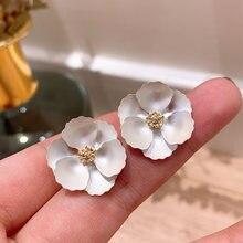 Женские асимметричные серьги с цветком xiyanike вечерние гвоздики