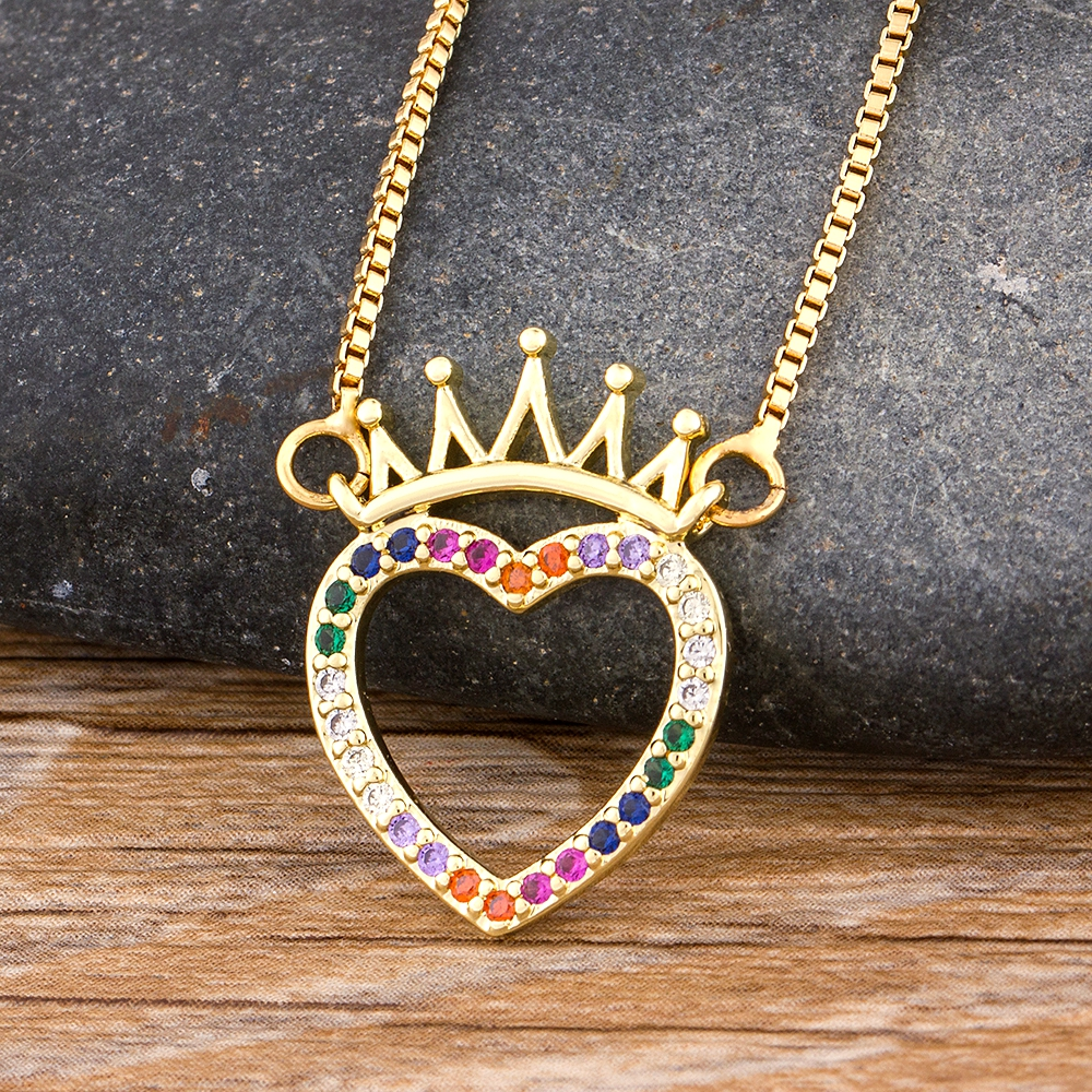 2020 Fashion Colorful Copper Zircon King Pendant Necklace Charm Heart Shape Chain Necklaces Best Party Bar Wedding Jewelry Gift