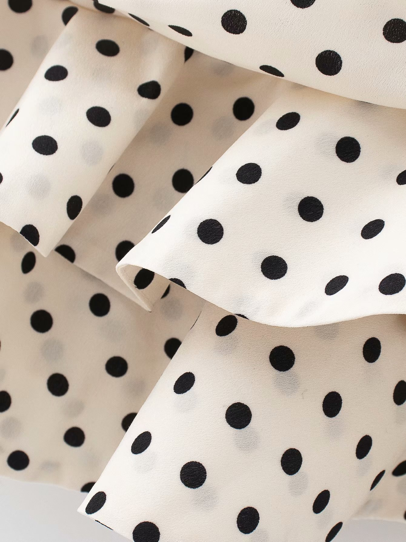 Polka Dot Print Pleated Asymmetrical Skirt 12