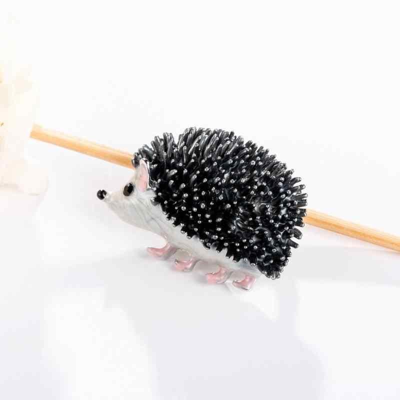 Hedgehog Bros Porcupine Pin untuk Wanita Bros Kartun Lencana Tetes Minyak Pin Ransel Perhiasan Aksesoris