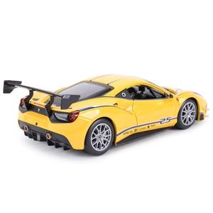 Image 3 - Bburago 1:24 Ferrari 488 ChallengeกีฬารถSTATIC Die Castรถสะสมรถของเล่น