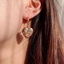 цена на Cender Trendy New Heart Metal Pendant Necklace for Women Cute Shining Rhinestone Chain Choker Necklace 2020 Fashion Jewelry Gift