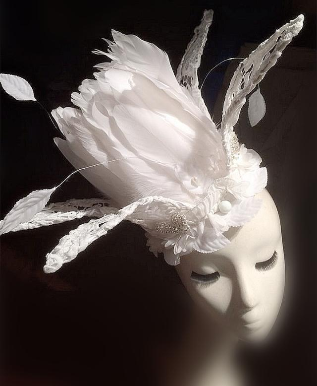 Wedding Party Carnival Races Feather Millinery Fascinator lady Hat White Photography Performance Headwear