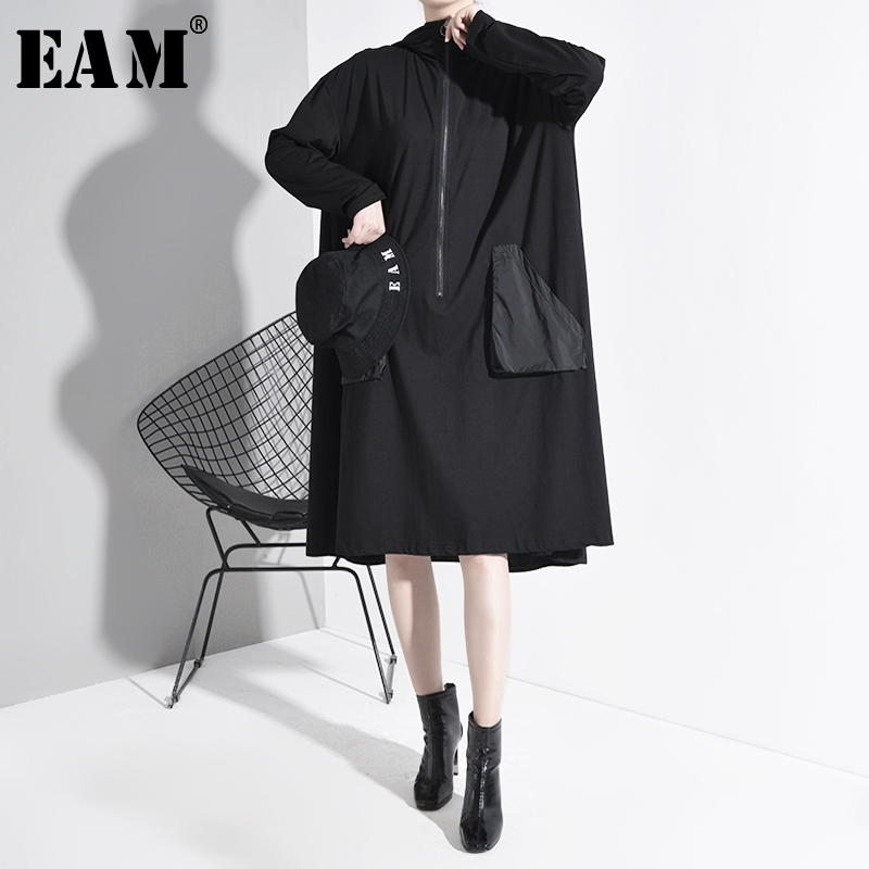 [EAM] Women Black Pocket Back Split Big Size Dress New Hooded Long Sleeve Loose Fit Fashion Tide Spring Autumn 2020 1A82901