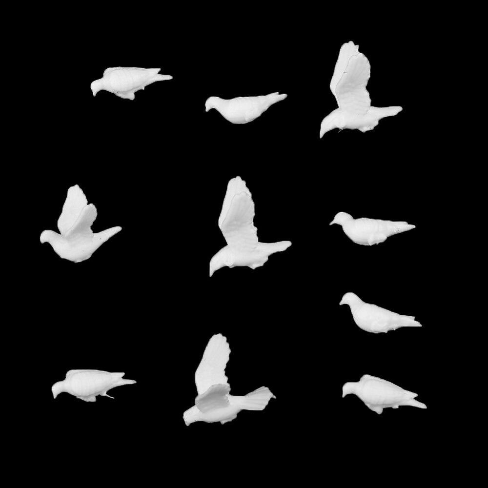 20Pcs Plastic Birds Small Figure Toy Dove Bird Of Peace Scenery Layout 1:75 Scale / 1.5-2.5cm White