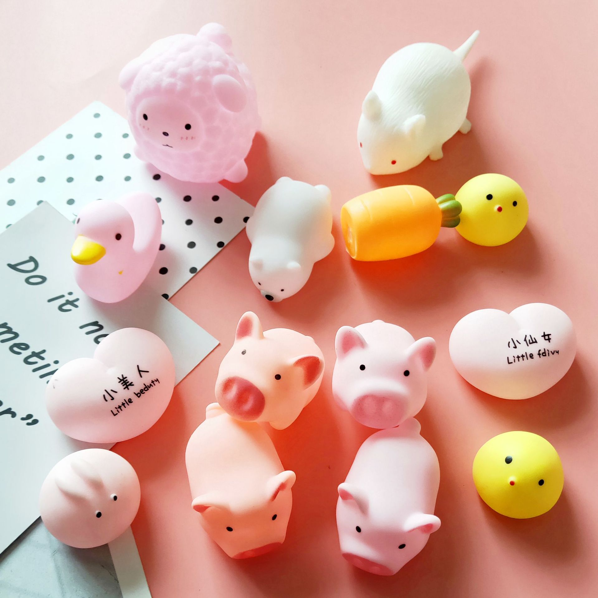 Cartoon Cute Pink Piggy Toy Stress Relief Squeeze Toys 1pc