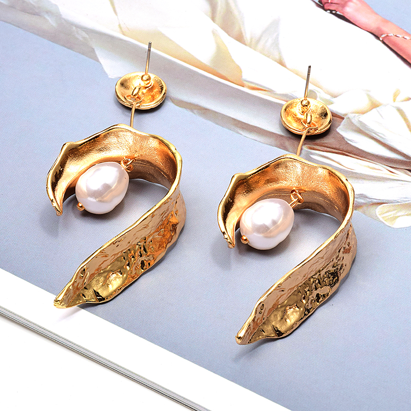 Wholesale ZA New Hang Pearl Gold Metal Long Drop Earrings High-Quality Jewelry Accessories For Women Fashion Pendientes Bijoux