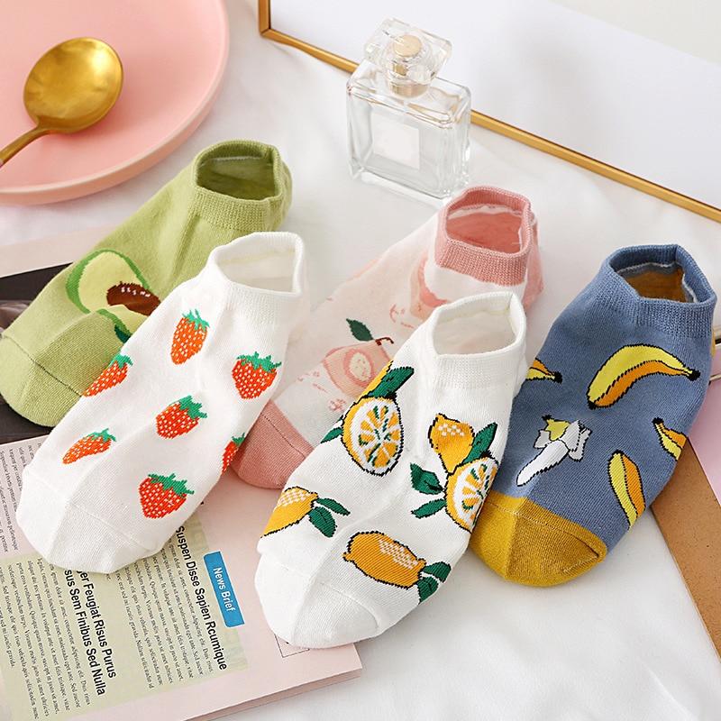 Calcetines cortos de Fruta de dibujos animados para mujer, medias invisibles de tobillo, diseño divertido, algodón, plátano Limón, fresa, Kawaii