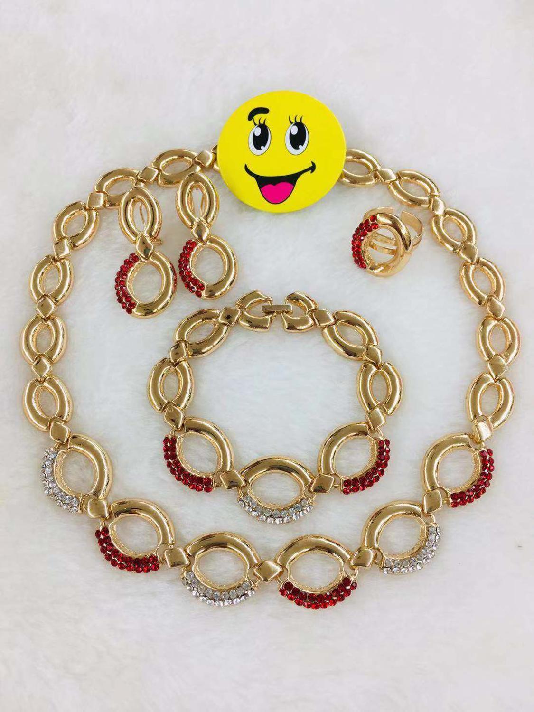Yulaili 2019 nouveaux ensembles de bijoux de mariage africains en gros forme ronde collier en or cristal boucles d'oreilles Bracelet anneau pour les femmes