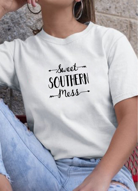 SWEET SOUTHERN Mess Graphic T-Shirt