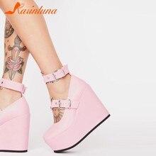 Chaussures Style gothique pour femmes, chaussures de marque, grande taille 35-42, bretelles à la cheville, talons compensés, plate-forme en forme de cœur, rose, livraison directe