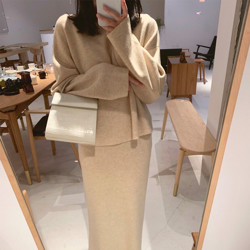 Spring Knitted Sweater Skirt 2 Piece Set Women O-Neck Batwing Sleeve Pullovers Skirts Suit Winter Fashion Elegant Ladies Sets