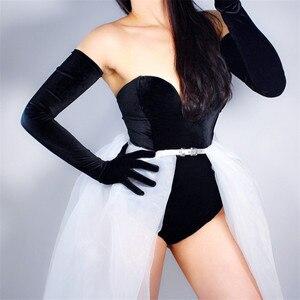 Image 3 - Kadife eldiven 70cm ekstra uzun siyah Opera kadın yüksek elastik kuğu kadife altın kadife dokunmatik ekran kadınlar akşam eldiven WSR26