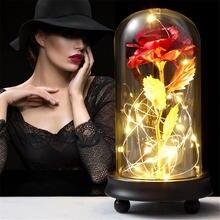Красная роза в стеклянном куполе деревянная основа для украшения