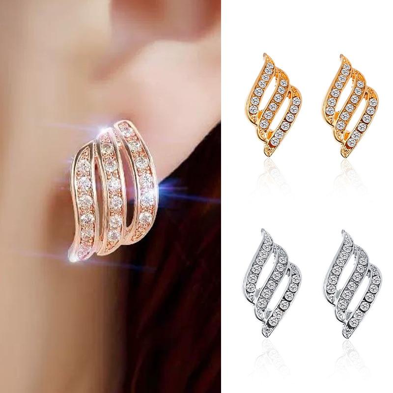 Crystal Flower Stud Earrings for Women Fashion Jewelry Gold Color Rhinestones Earrings Modern Jewelry Gift