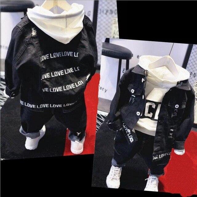 Vêtements de marque pour garçons et garçons, ensemble 3 pièces en coton, veste en Jean, sweat à capuche et jeans, avec lettres, offre spéciale