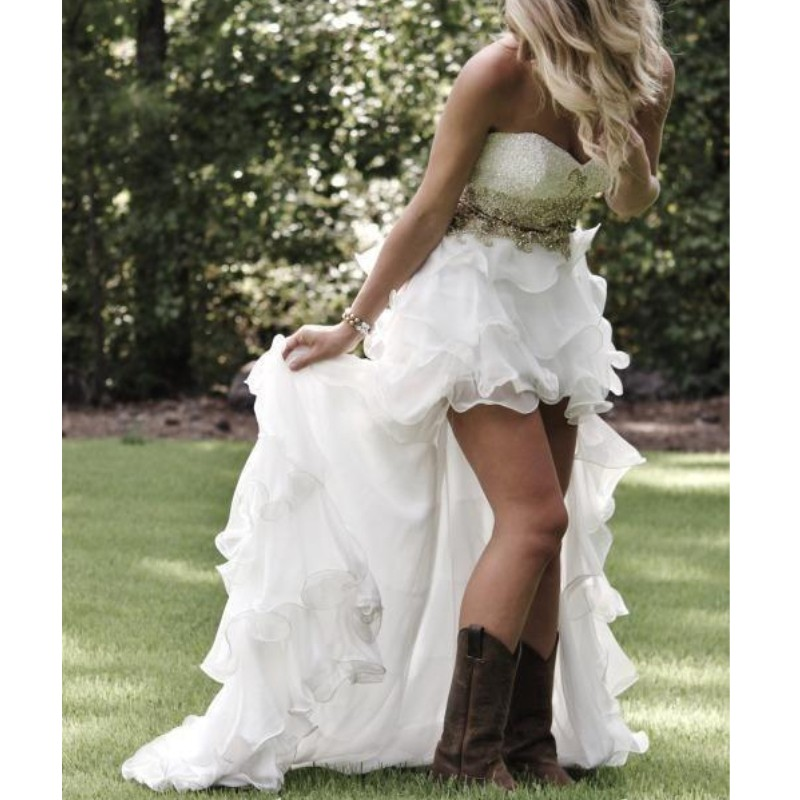 High Low Country Style Wedding Dresses With Sweetheart Ruffles Tiered Sequins Applique Beach Bridal Gowns Bohemia Wedding Dress
