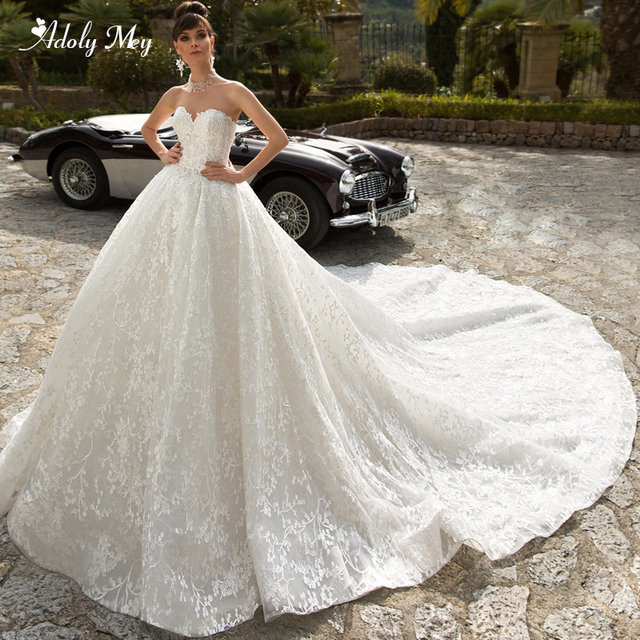 Adoly Mey Glamorous Appliques Royal Train Lace Ball Gown Wedding Dress 2020 V Neck Beaded Off the Shoulder Princess Bridal Dress
