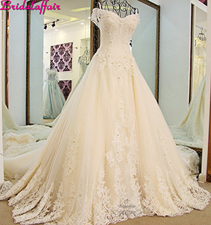 Luxury A-line Wedding Dresses Crystal Appliques Lace Designer Wedding Dress Designers Royal Train Wedding Gowns 2019