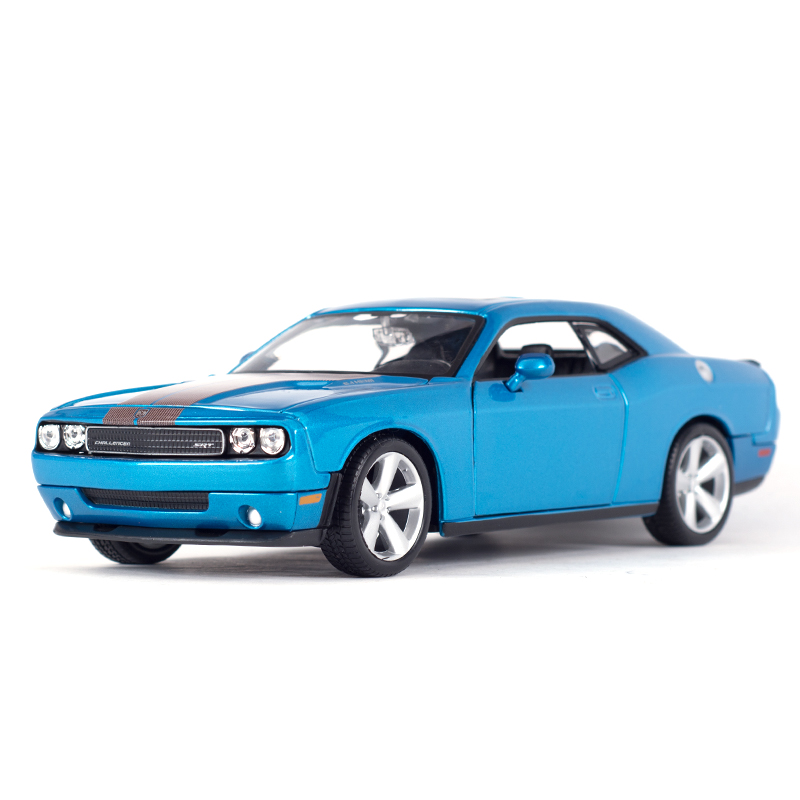 Maisto 1:24 2008 Dodge Challenger Srt8  Sports Car Static Simulation Diecast Alloy Model Car
