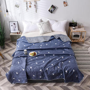 Summer Bedspread Queen Size Geometric Printed Double Quilts and Duvets for Adults Thin Air-conditioned Comforter colcha For Bed(China)