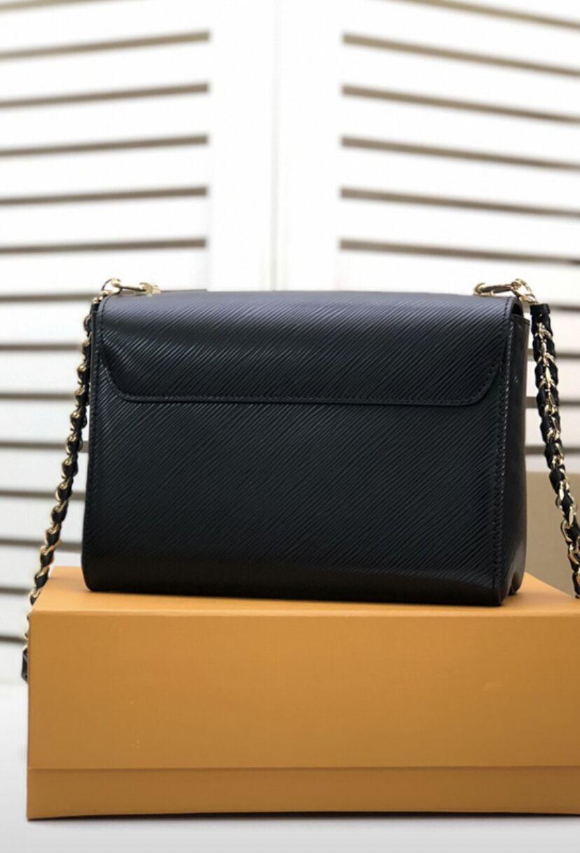 2021 Twist fashion hanging chain womens handbag new color sliding long bag chain design