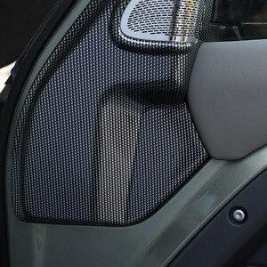 Image 5 - لاند روفر المدافع 110 2020 2021 ABS ألياف الكربون باب السيارة بوق عمود الديكور ملصقات غطاء اكسسوارات السيارات
