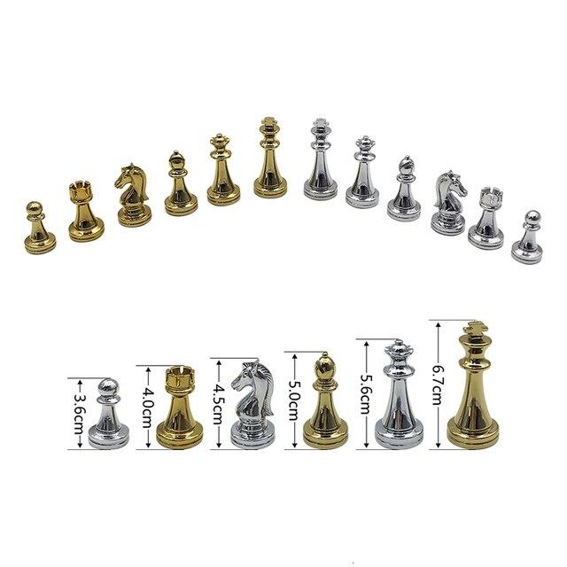 jeu d'échec pliant en métal rétro-moderne de haute qualité 4