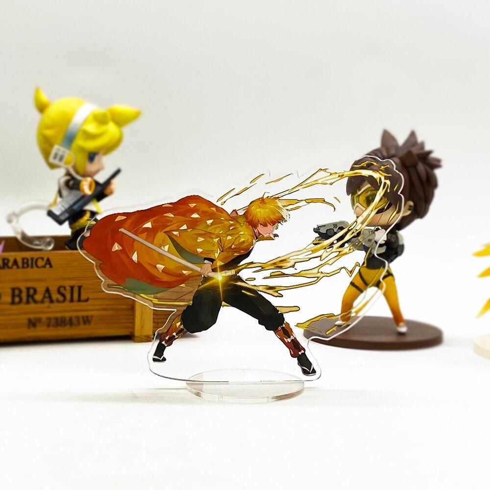 Demon Slayer Kimetsu no Yaiba Zenitsu battling_2