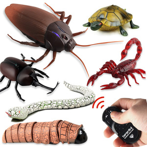 Infrared RC Remote Control Animal Toy Kit for Kids Adults Smart Cockroach Spider Snake Ant Prank Jokes Radio Insect for Boys