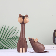 Nordic Cat And Mouse Animal Ornaments Walnut Wooden Handicraft Household Puppet Decorations For Children's Houses сумка wooden houses w302 2014